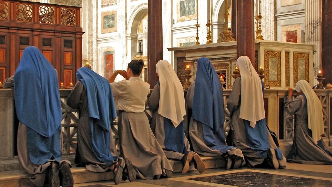 Sisters In Prayer At St Paul Ostw